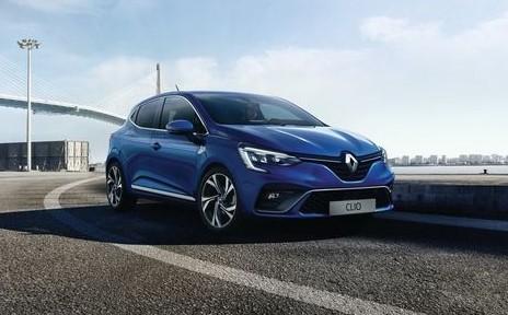 Garis Renault Clio GT Adalah Bagian Yang Sama Fungsional dan Sporty
