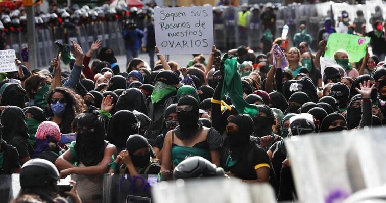 Kriminalisasi Pemuda Afrika-Amerika dan Latin