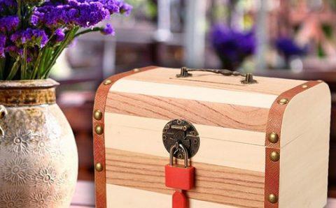 Kotak Misteri: Sampah atau Harta Karun?